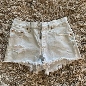Levi's 501 high wasted cut off short Sz. 24